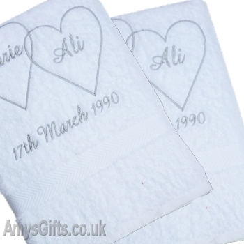 Entwined Hearts Bath Towels
